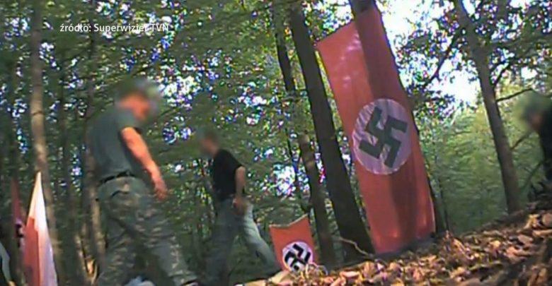 """Jest akt oskarżenia przeciwko organizatorom i uczestnikom obchodów """"urodzin"""" Hitlera (fot.archiwum TVS)"""