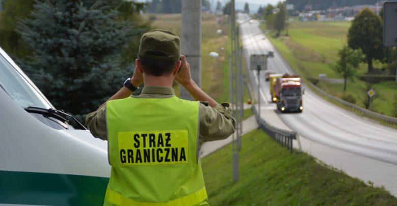 15 cudzoziemców i 3 poszukiwanych Polaków w rękach Śląskiej Straży Granicznej