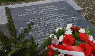 Minęło 9 lat od tragedii pod Smoleńskiem.W Katowicach oddano hołd zmarłym