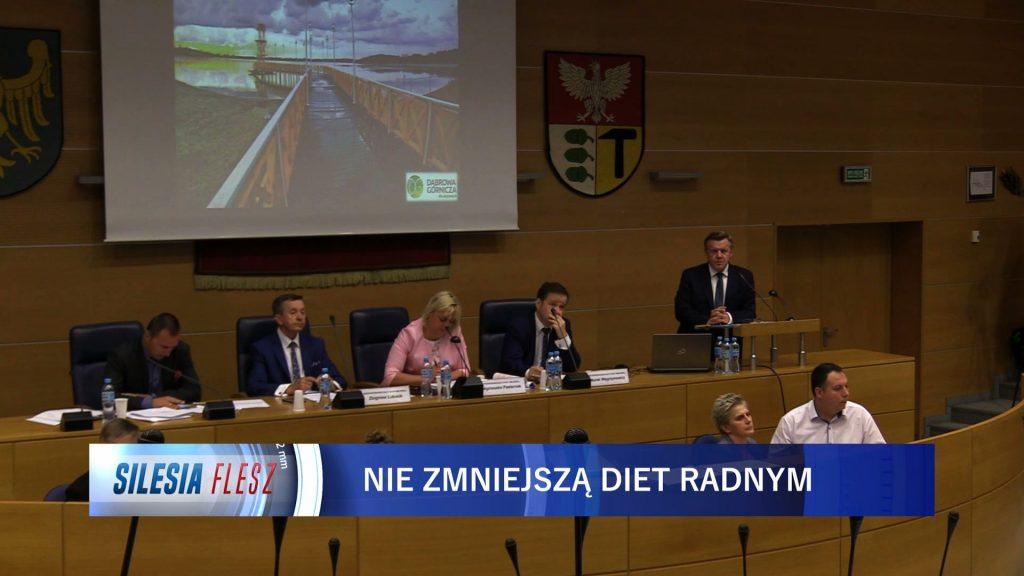 Diety radnych w Dąbrowie Górniczej nie zostaną zmniejszone. ZA głosowało tylko 5 osób