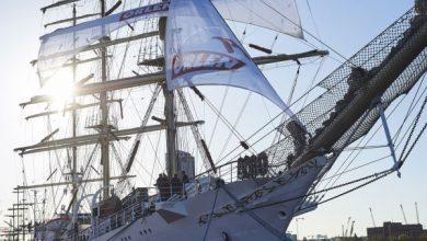 20 maja żaglowiec Dar Młodzieży wypływa z Gdyni w Rejs Niepodległości. Statek z młodymi ludźmi z całej Polski zawinie do 18 dużych portów świata, między innymi do Kapsztadu, Singapuru i Dżakarty. Zacumuje też w Panamie, gdzie w styczniu 2019 roku odbędą się Światowe Dni Młodzieży (TVP Info)