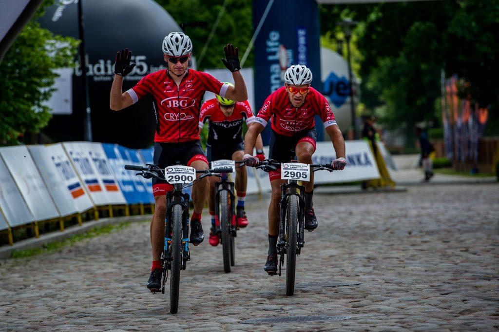 Emocje jak na mistrzostwach świata! VIENNA LIFE LANG TEAM Maraton Rowerowy w Warszawie (fot.Lang Team)