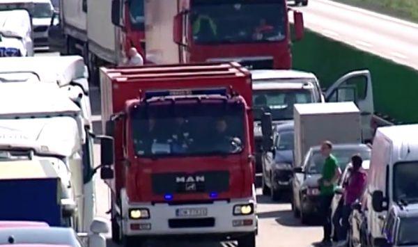Wypadek na węźle A4 Sośnica. W Gliwicach zderzyły się dwie ciężarówki (foto:archiwum - poglądowe)