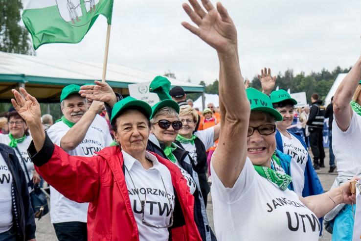 Seniorzy na start, czyli Olimpiada Uniwersytetów Trzeciego Wieku wystartowała w Łazach(fot.slaskie.pl)