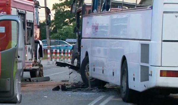 Rusiec: Zderzenie autokarów z dziećmi. Są ranni (fot.TVP Info)