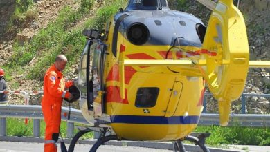 Tragiczny wypadek na terenie ośrodku GEOsfera w Jaworznie. Z wysokości ok, 20 metrów spadł mężczyzna (zdjęcia: Bartłomiej Lesiak - Fotografia Ratownicza)