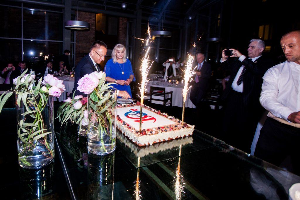 Samorządowcy, biznesmeni, gwiazdy i VIP-y. 10. urodziny Telewizji TVS w hotelu Monopol w Katowicach [WIDEO] (fot.mat.TVS)