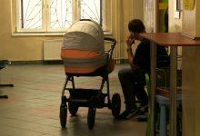 Kiepskie zarobki i nadmiar pracy. Pracownicy Miejskich Ośrodków Pomocy Społecznej się skarżą