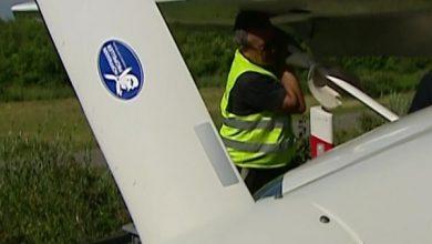 Awionetka musiała awaryjnie lądować na autostradzie A4! Na miejsce natychmiast skierowano wszystkie służby (fot.TVP Info)