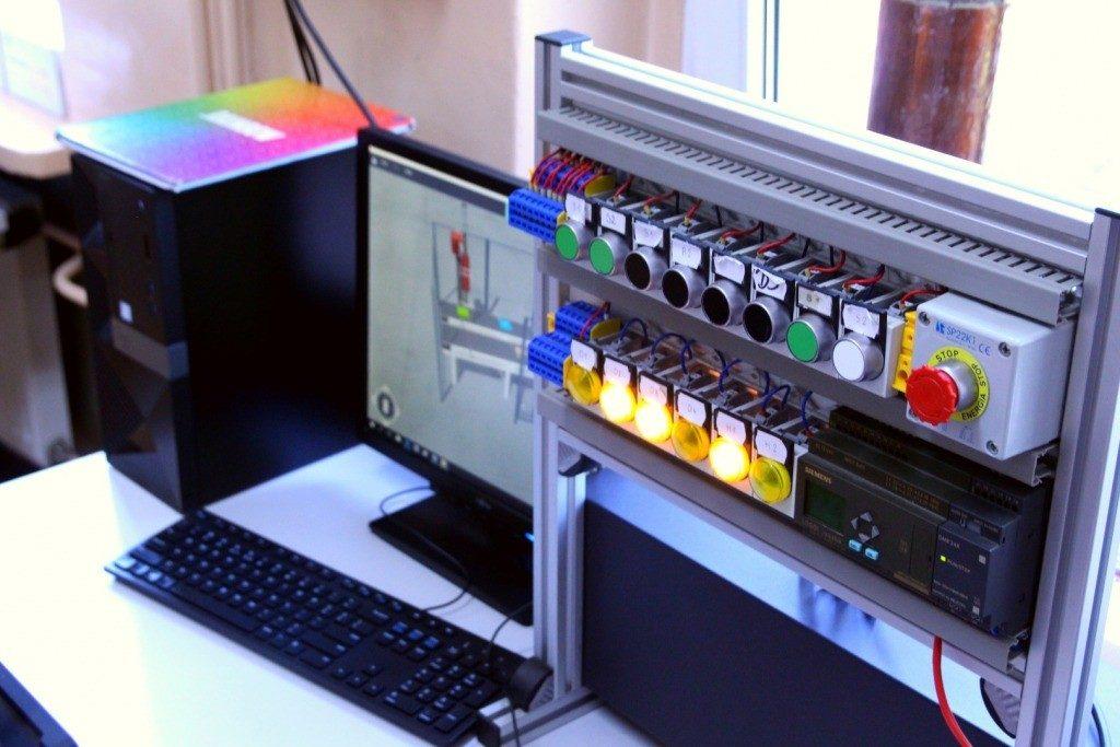 Chorzów: Nauczą się projektować smart-domy i programować roboty. Nowości w Technikum im. Tesli (fot.UM Chorzów)