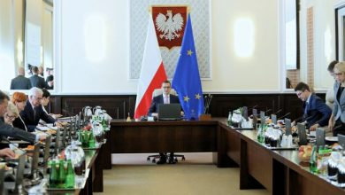 Władze PiS zadecydowały. Rząd i Prezydium Sejmu bez zmian (fot.TVP Info)