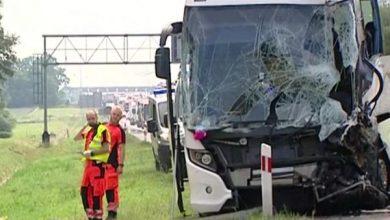 Wypadek autokaru z dziećmi na autostradzie A4. Wśród rannych są dzieci, które podróżowały autobusem (TVP Info)
