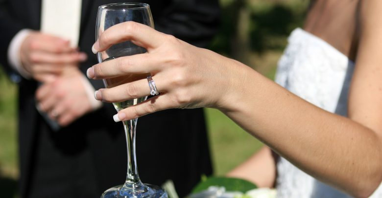 Czy w Polsce w trakcie trwania epidemii koronawirusa będą się odbywały wesela? [www.pixabay.com]