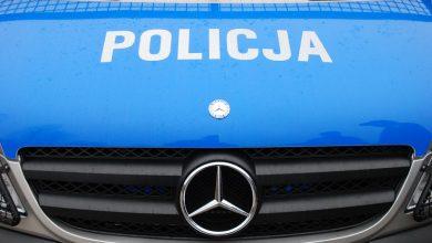Ugodził nożem matkę, wsiadł do ciężarówki i staranował policyjny radiowóz (fot.poglądowe)
