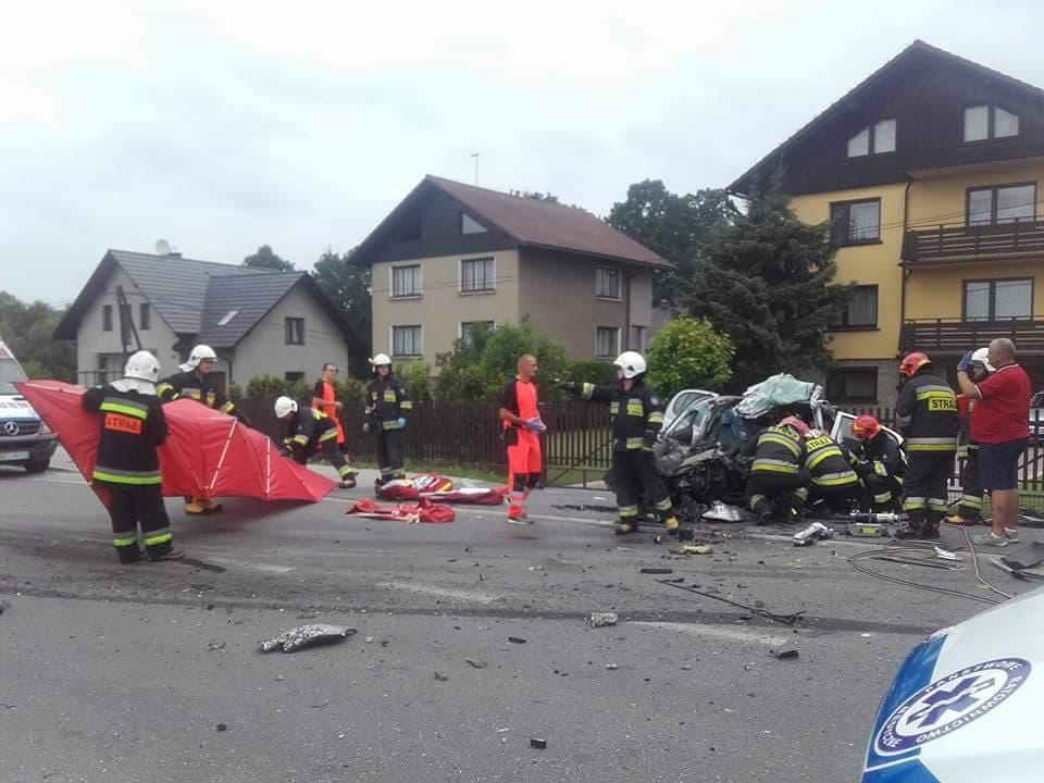 Tragiczny wypadek w Cieszynie. Nie żyje 63-letnia kobieta https://www.facebook.com/ospbobrekcieszyn/