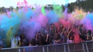 Głośno i kolorowo było w Rudzie Śląskie. Na Festiwal Kolorów w Rudzie Śląskiej przyszły tłumy