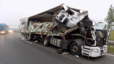 Koszmarny wypadek na DK 1. W Markowicach zderzyły się dwie ciężarówki (KPP Myszków)