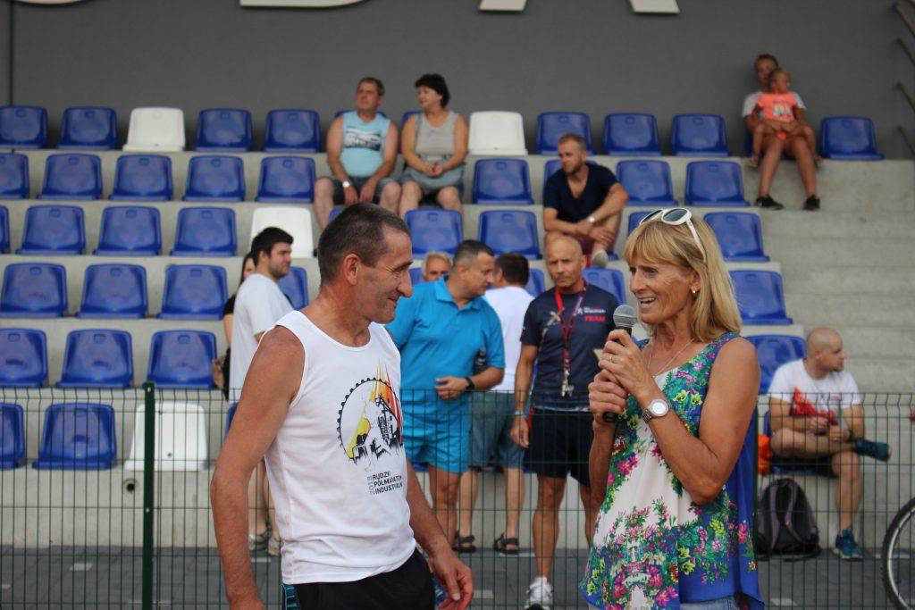 Około 900 osób wzięło udział w IV Rudzkim Półmaratonie Industrialnym. Nie zabrakło świetnych wyników, emocji i medali (fot.UM Ruda Śląska/facebook)