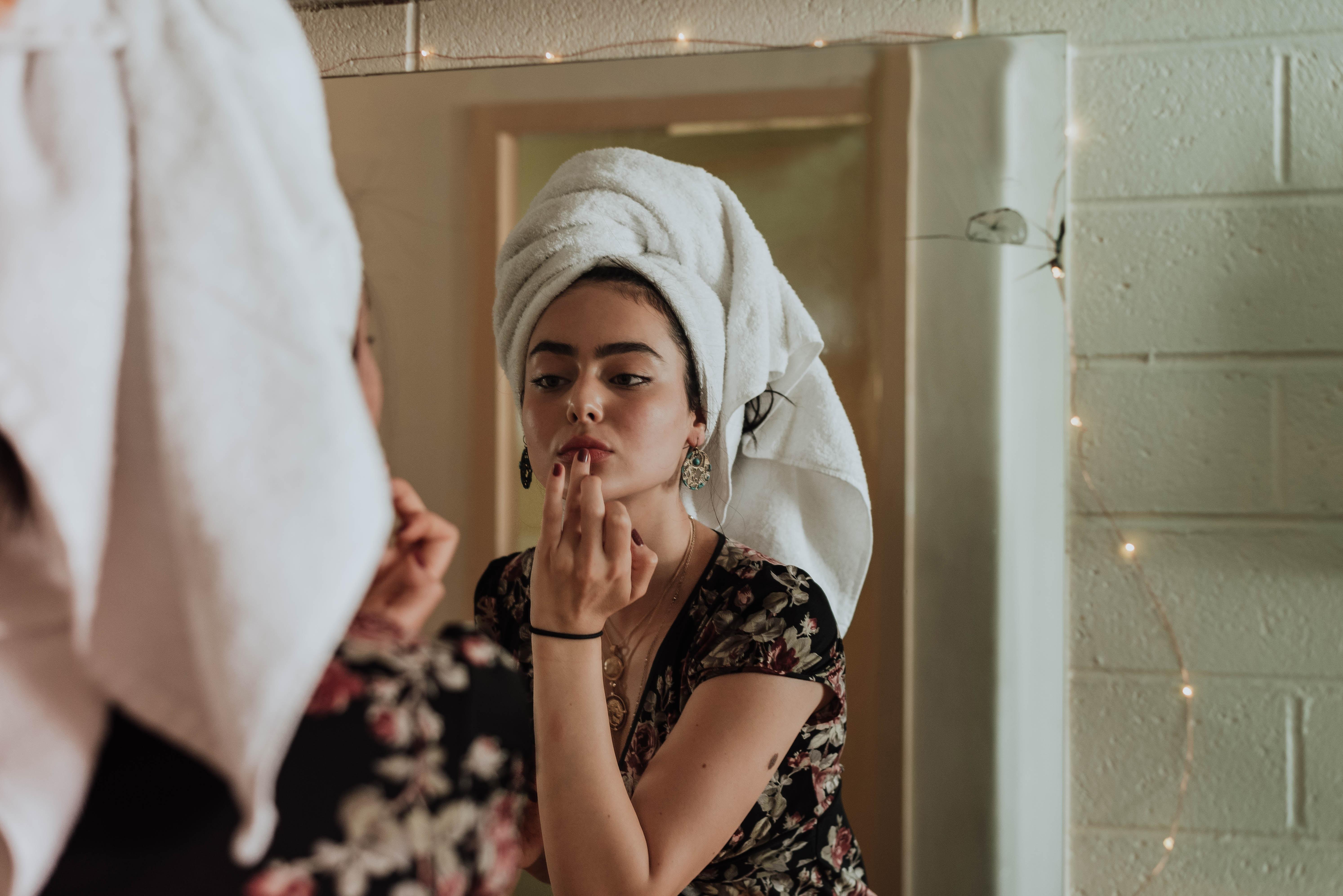 Pielęgnacja skóry w domu - 1 (fot. unsplash.com)