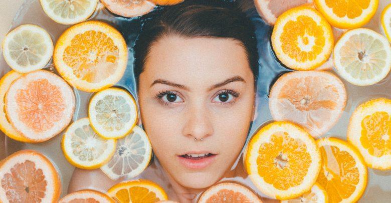Pielęgnacja skóry w domu (fot. unsplash.com)