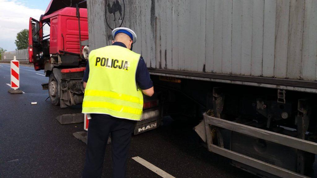 Wypadek na DTŚ w Zabrzu w czwartek 12 lipca. Ogromny korek w stronę Gliwic i Katowic (fot.KWP Katowice)
