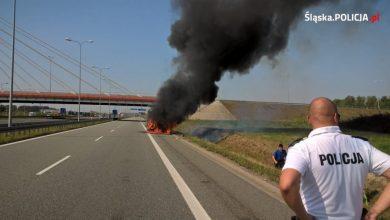 Dramatyczna akcja na autostradzie A4. Policjanci jadący nad zbiornik Pławniowice (fot.KWP Katowice)