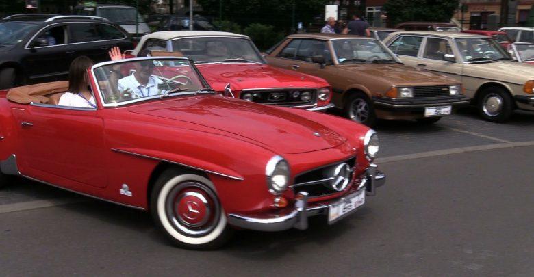 Ulicami Zabrza, Rudy Śląskiej i Mikołowa prowadził dziś XVIII Międzynarodowy Rajd Pojazdów Zabytkowych