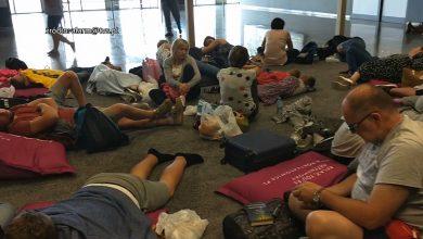 Koszmar zamiast wakacji! Turyści koczowali w Pyrzowicach, bo zepsuł się samolot