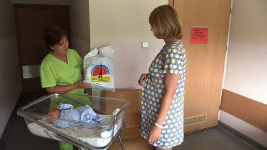Maleństwa, które przyszły na świat w Szpitalu Wielospecjalistycznym przy ul. Kościuszki w Gliwicach, opuszczają go już ze specjalną gliwicką wyprawką