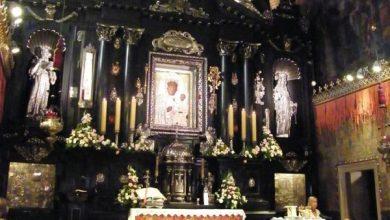 Na Jasnej Górze odbywają się dziś główne uroczystości święta Matki Bożej Częstochowskiej (TVP Info)