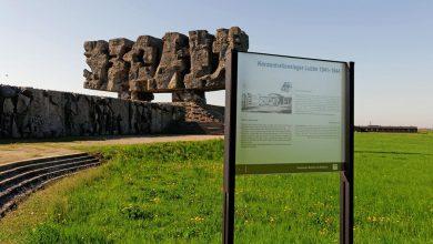 17-latek z Izraela wywołał skandal! Obnażał się na terenie obozu w Majdanku! (fot.facebook.com/Państwowe Muzeum na Majdanku / State Museum at Majdanek)