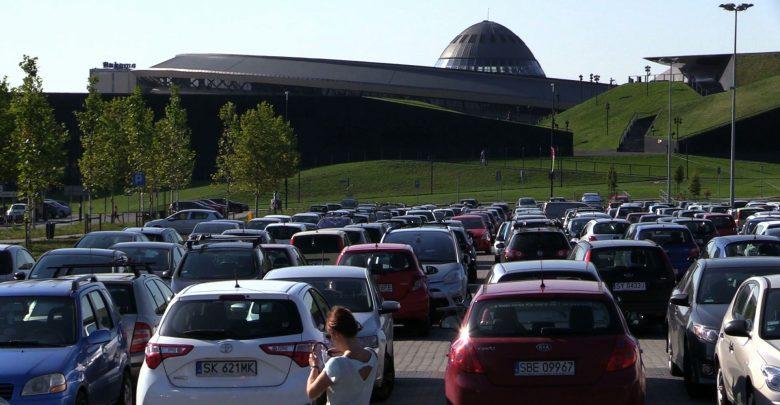 Katowice: Koniec z darmowym parkowaniem. Zamykają parkingi w Strefie Kultury!