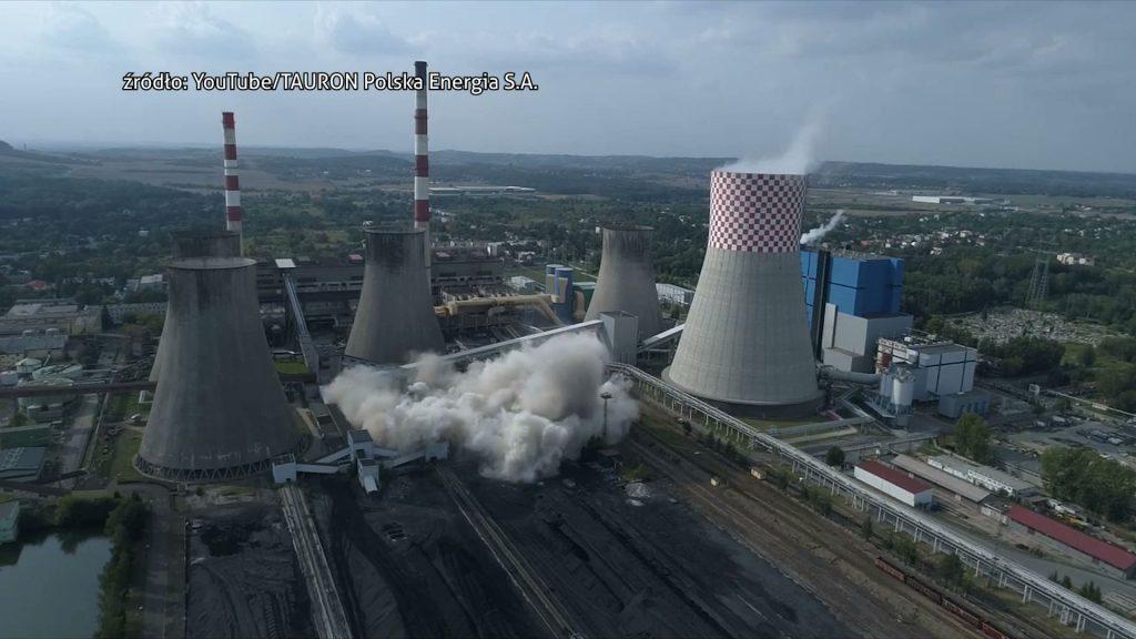 Komin Elektrowni Łagisza w Będzinie wysadzony w powietrze