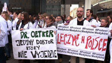 Bon patriotyczny zatrzyma lekarzy w Polsce? W woj.śląskim coraz więcej rezydentów chce go dostać!