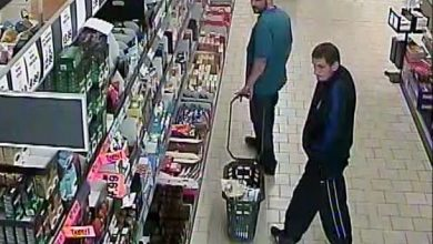 Cieszyn: Rozpoznajecie tych złodziei? [ZDJĘCIA] Policja prosi o pomoc (fot.KPP Cieszyn)