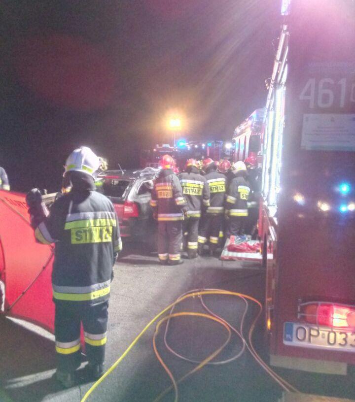 Tragiczny wypadek na obwodnicy Nysy [ZDJĘCIA] Śledztwo trwa