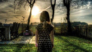 Kobieta sprzedająca zdjęcia nagich córek okazała się mężczyzną. Policja rozbiła całą grupę(fot. poglądowe pixabay)