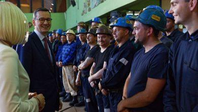 Premier Morawiecki chwali się Programem dla Śląska, Gabinet Cieni PO mówi o objazdowym cyrku (fot.Kancelaria Premiera/facebook)