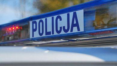 Dwóch mężczyzn, którzy zdemolowali 8 samochodów na terenie Jastrzębia zostało zatrzymanych wczoraj w nocy przez Policję. Grozi im do 5 lat więzienia. [zdj. ilustracyjne]