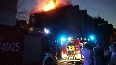 Wypadek czy podpalenie? Policja i straż sprawdzają przyczyny pożaru bloku w Piekarach Śląskich (fot.Krzysztof Turzański)
