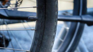 Śląskie: Jechał pijany rowerem, potrąciły go dwa samochody (fot. poglądowe pixabay)