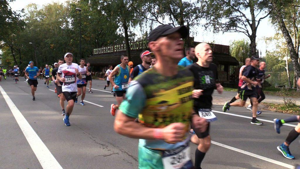 Największe biegowe wydarzenie w regionie PKO Silesia Marathon na ulicach czterech śląskich miast.