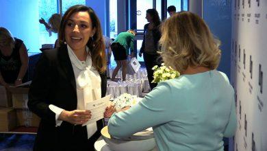 Dziś urodzinowa gala organizacji Dress for Succes. Zasada jest prosta kobiety pomagają kobietom wyjść na prosta i rozpocząć aktywne życie zawodowe