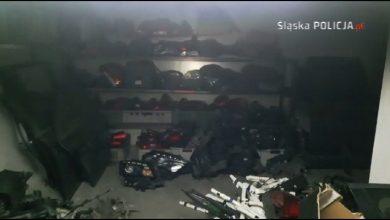 Śląscy policjanci odzyskali skradzione samochody warte pół miliona złotych (fot.Śląska Policja)