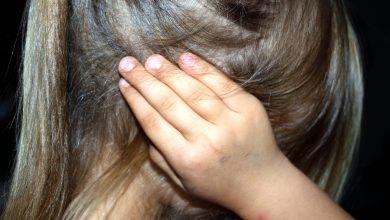Dziadek zgwałcił swoją 9-letnią wnuczkę. Drugą wnuczkę również skrzywdził. Został skazany (fot.poglądowe/www.pixabay.com)