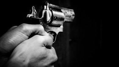 W jednym z gabinetów lekarskich padł strzał z broni palnej. Pocisk przeleciał przez ścianę gabinetu. Na szczęście nikomu nic się nie stało (fot. poglądowe pixabay)