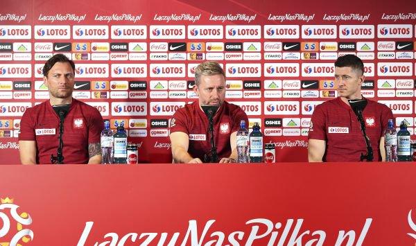 Polacy zmażą blamaż po ostatnich wtopach? Lewandowski mówi, że pokażą dobry futbol