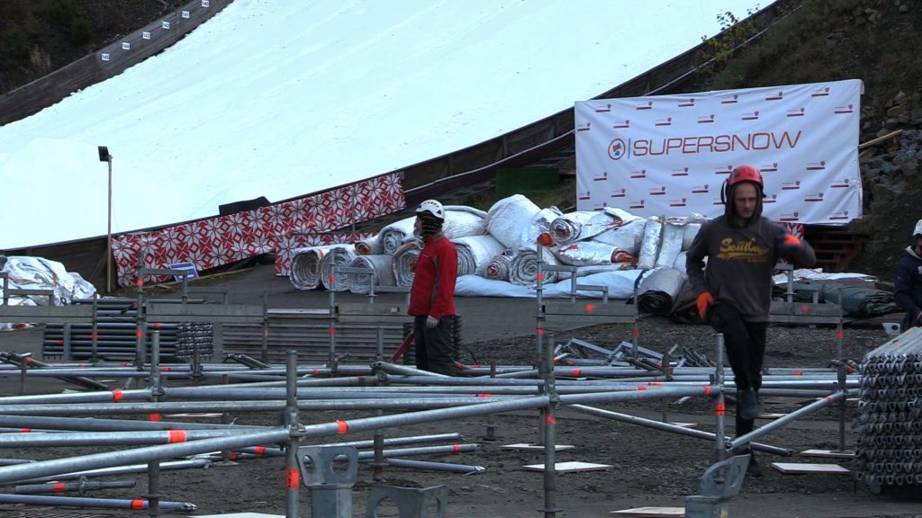 Organizatorzy zapewniają kibiców, że do piątku zdążą z przygotowaniem skoczni