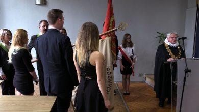 Ruda Śląska: 40 młodych rzemieślników pasowanych. Kiedyś były to setki...