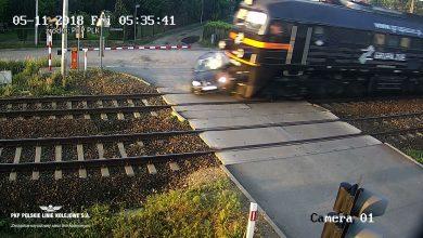Idioci za kierownicą? Kolejarze na Śląsku muszą uczyć, jak się nie zabić na przejeździe kolejowym!
